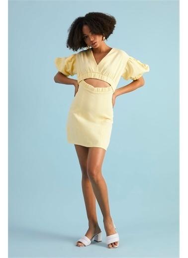 Z Giyim Kadın  Taş  Dekolteli Pamuklu Mini Elbise Sarı